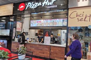 BUILT-IN AREA PIZZA HUT