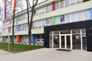RECONSTRUCTION OF SCHOOL - BUILDING INSULATION